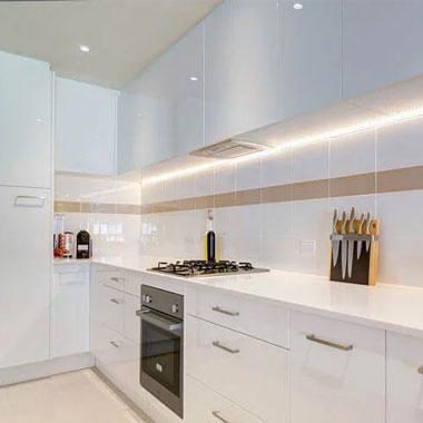 akrilik-mutfak-dolabı